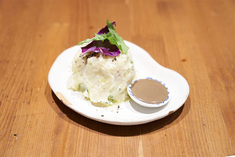 ポテトサラダ(アンチョビソース付き)